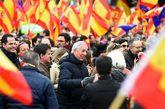 El escritor, Mario Vargas Llosa, y el candidato de Cs para Barcelona,...