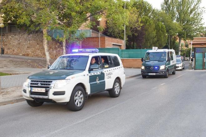 Vehículos de la Guardia Civil.