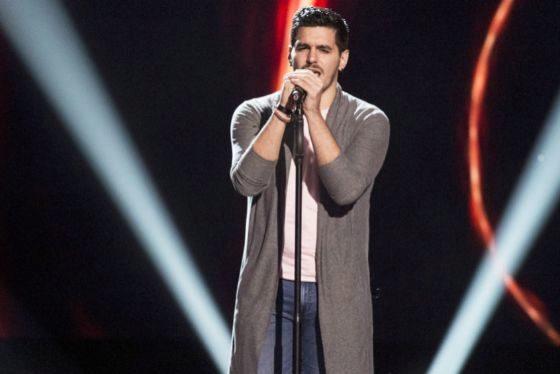 Fran Arenas canta Siendo uno mismo, de Manuel Carrasco, en La Voz de Antena 3