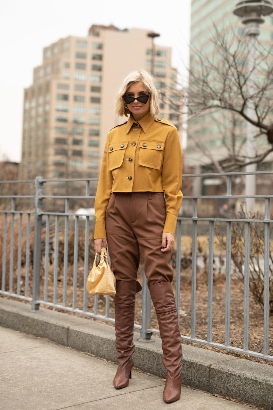Xenia Adonts - La tendencia de las chaquetas cropped