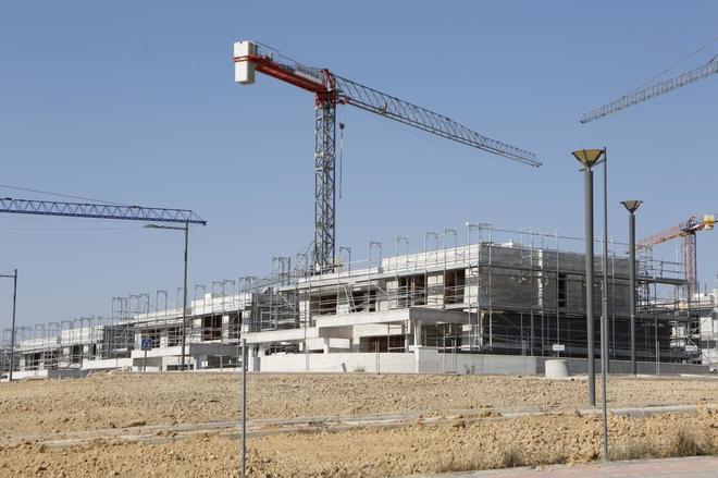Construcción de una nueva promoción de viviendas en Boadilla del Monte (Madrid).