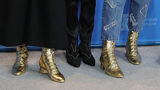 Las botas son de Chanel.