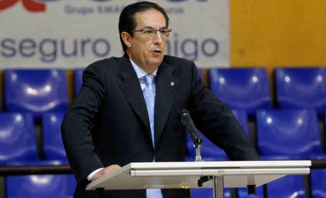 Juan Francisco García, en su etapa como presidente del Club Baloncesto Estudiantes.