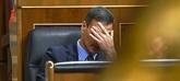 El presidente del Gobierno, Pedro Sánchez, en su escaño del Congreso...