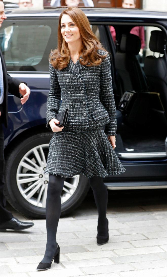 El estilo de Kate Middleton - Traje de tweed de Dolce & Gabbana