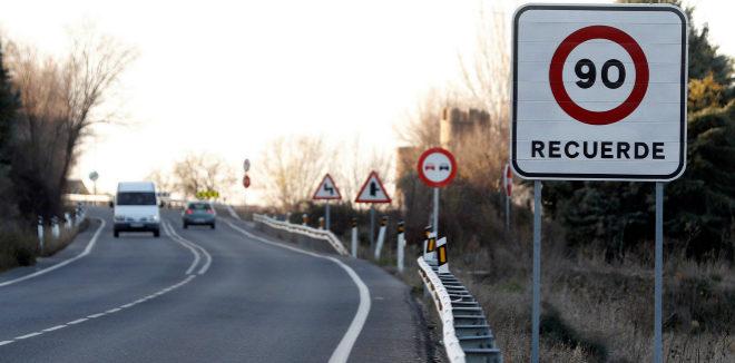 La rebaja de 100 a 90 km/h ya es efectiva y para ello no hay marcha atrás