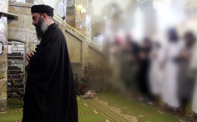 El 'califa' Al Bagdadi, en su última y única aparición pública, en 2014.