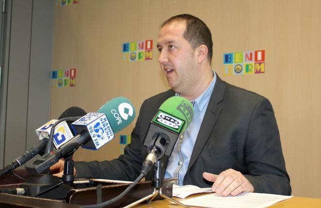 El candidato del PSOE, Rúben Martínez,  para la alcaldía de Benidorm
