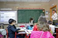 Alumnos del colegio Gabriela Mistral en una clase de Matemáticas.