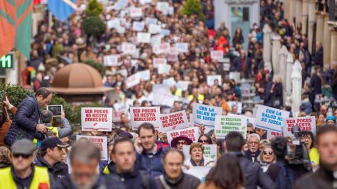 La manifestación por la sanidad reunió a más de 10.000 personas en Teruel el pasado domingo.