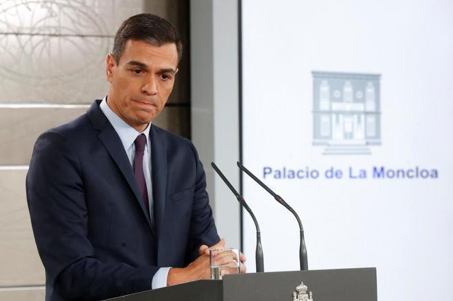 El presidente del Gobierno, Pedro Sánchez, durante su comparecencia en el Palacio de la Moncloa para anunciar elecciones generales.