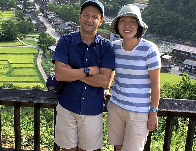 El matrimonio formado  por Fernando Cordobés y  Yoko Ogihara en Fukuoka (Japón), donde residen.
