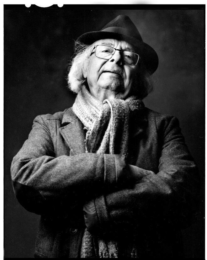El poeta Adonis. Nacido en Al Qassabin (Siria) en 1930.