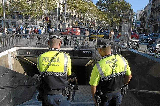 Una patrulla de la Guardia Urbana, en Barcelona.