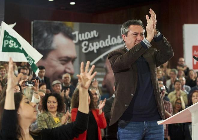 El alcalde de Sevilla y candidato a la reelección por el PSOE, Juan Espadas, en su proclamación.