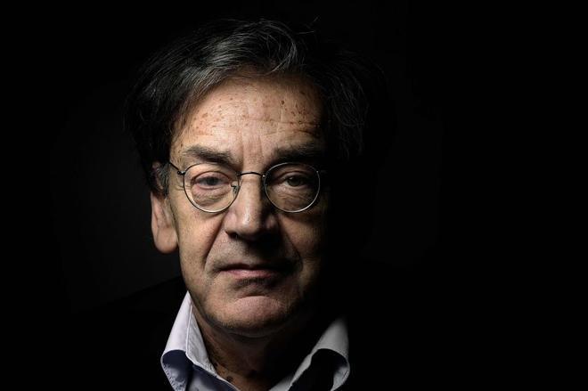 El escritor y filósofo francés Alain Finkielkraut fotografiado en París.