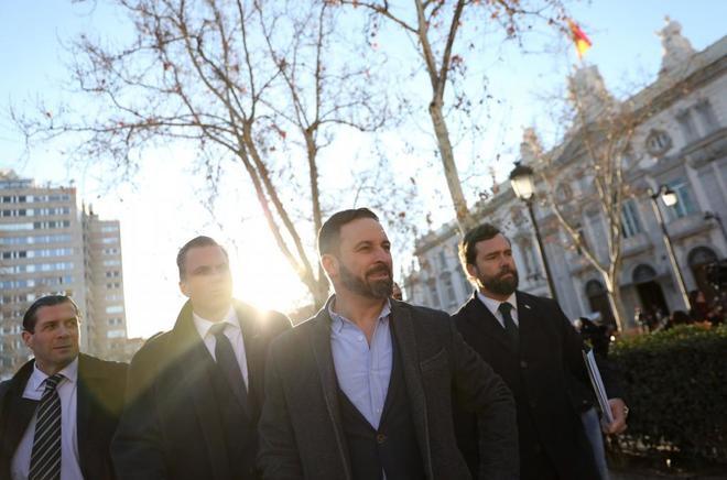 El líder de Vox, Santiago Abascal, en las inmediaciones del Tribunal...