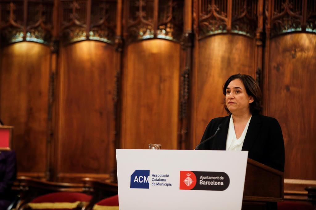 Ada Colau en un acto en el Saló de Cent del Ayuntamiento de Barcelona de la semana pasada contrario al juicio en el Supremo