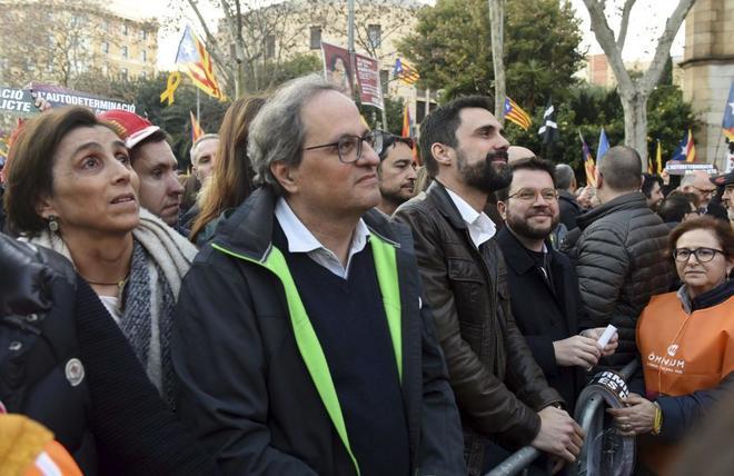 Torra, Torrent y Aragonès durante la manifestación de este sábado en Barcelona