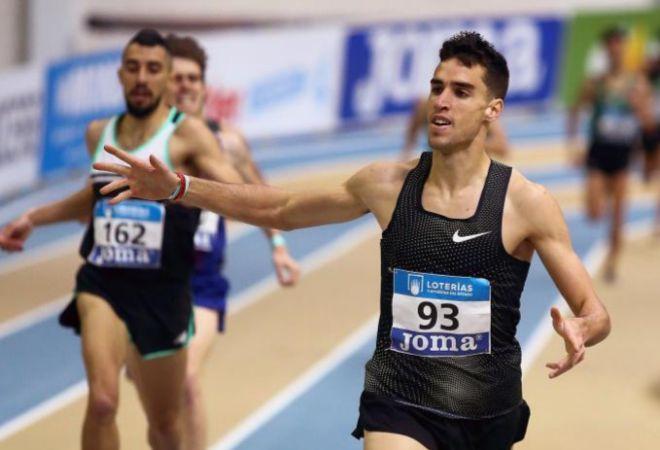 Jesús Gómez vence en los 1.500 metros del Campeonato de España indoor.
