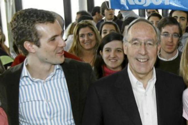 Pablo Casado y Manuel Pizarro, en un acto del Partido Popular de 2008.