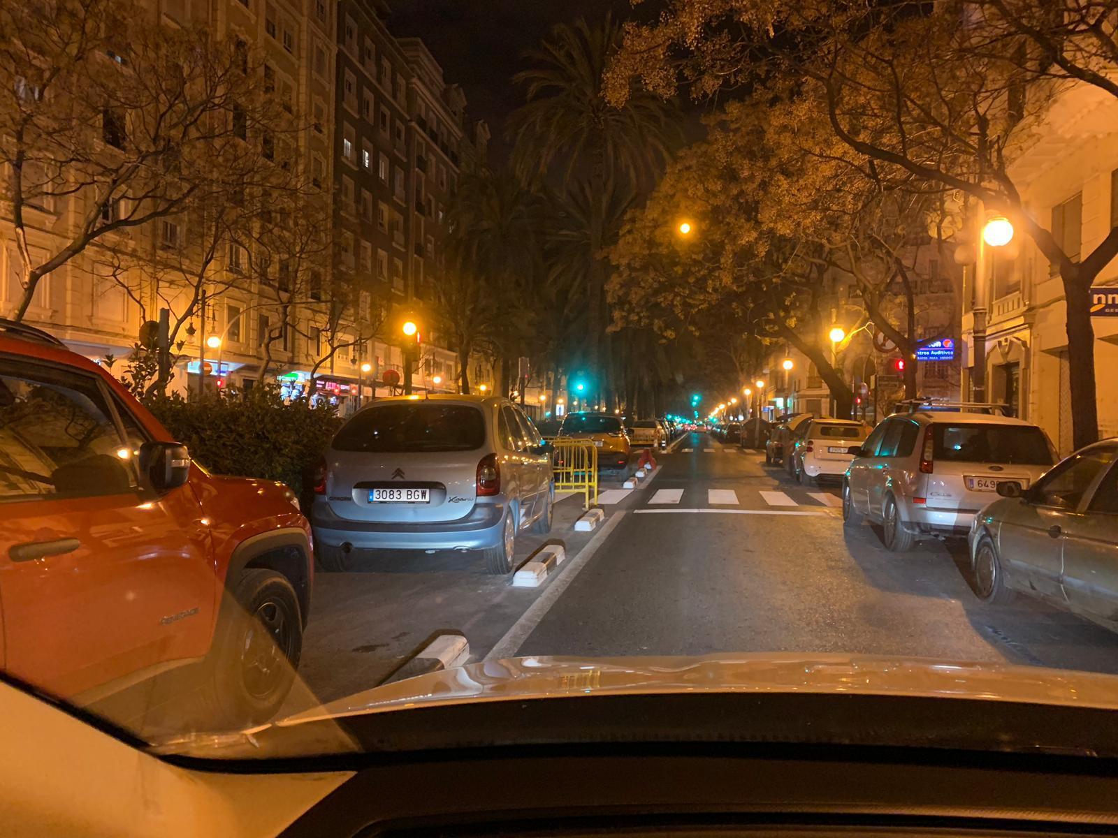 El carril bici de Grezzi en Reino de Valencia, convertido en parking nocturno