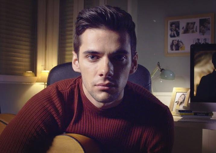 Álvaro Rico (Polo) resume la primera temporada de Élite con la...