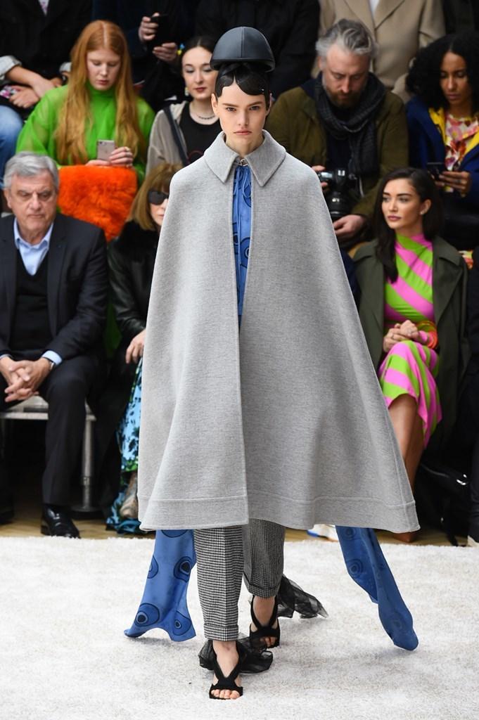 Desfile de JW Anderson · Semana de la Moda de Londres · Colección...