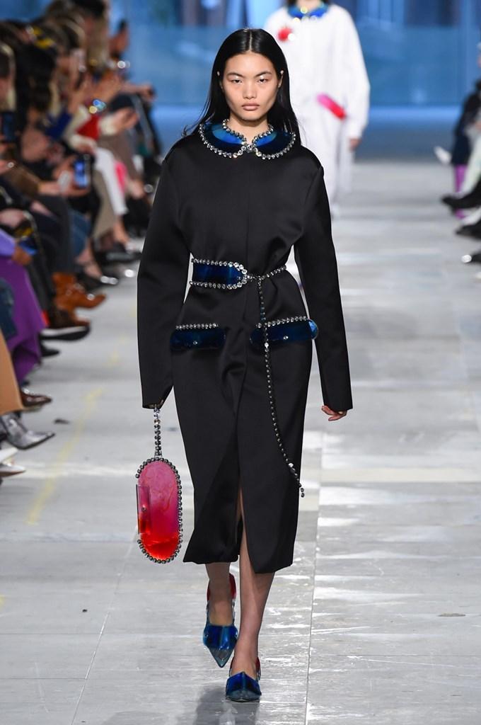 Desfile de Christopher Kane · Semana de la Moda de Londres · Colección otoño-invierno 2019/20