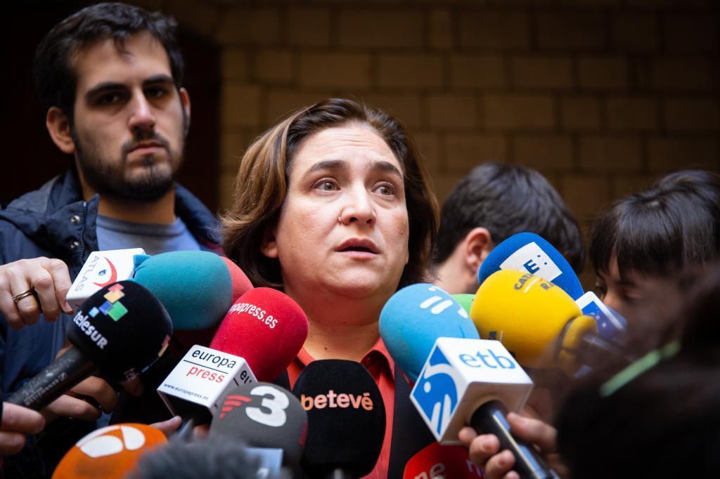 La alcaldesa de Barcelona, Ada <HIT>Colau</HIT>.