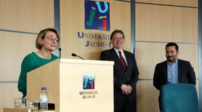 La rectora de la UJI, Eva Alcón, el presidente del Consell Ximo Puig y el conseller Vicent Marzà