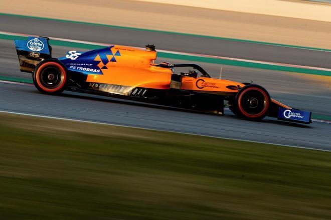 Carlos Sainz, durante la primera jornada de entrenamientos en Montmeló.