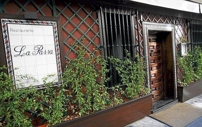 Fachada del restaurante La Parra de Madrid.