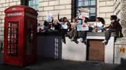 """Miles de estudiantes británicos, """"en huelga por el clima"""""""