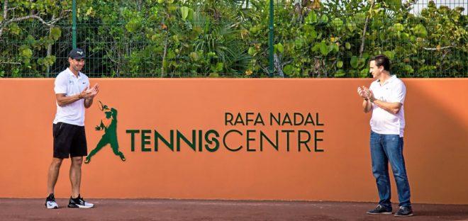 El tenista Rafa Nadal y el empresario Abel Matutes en las instalaciones de Costa Mujeres.