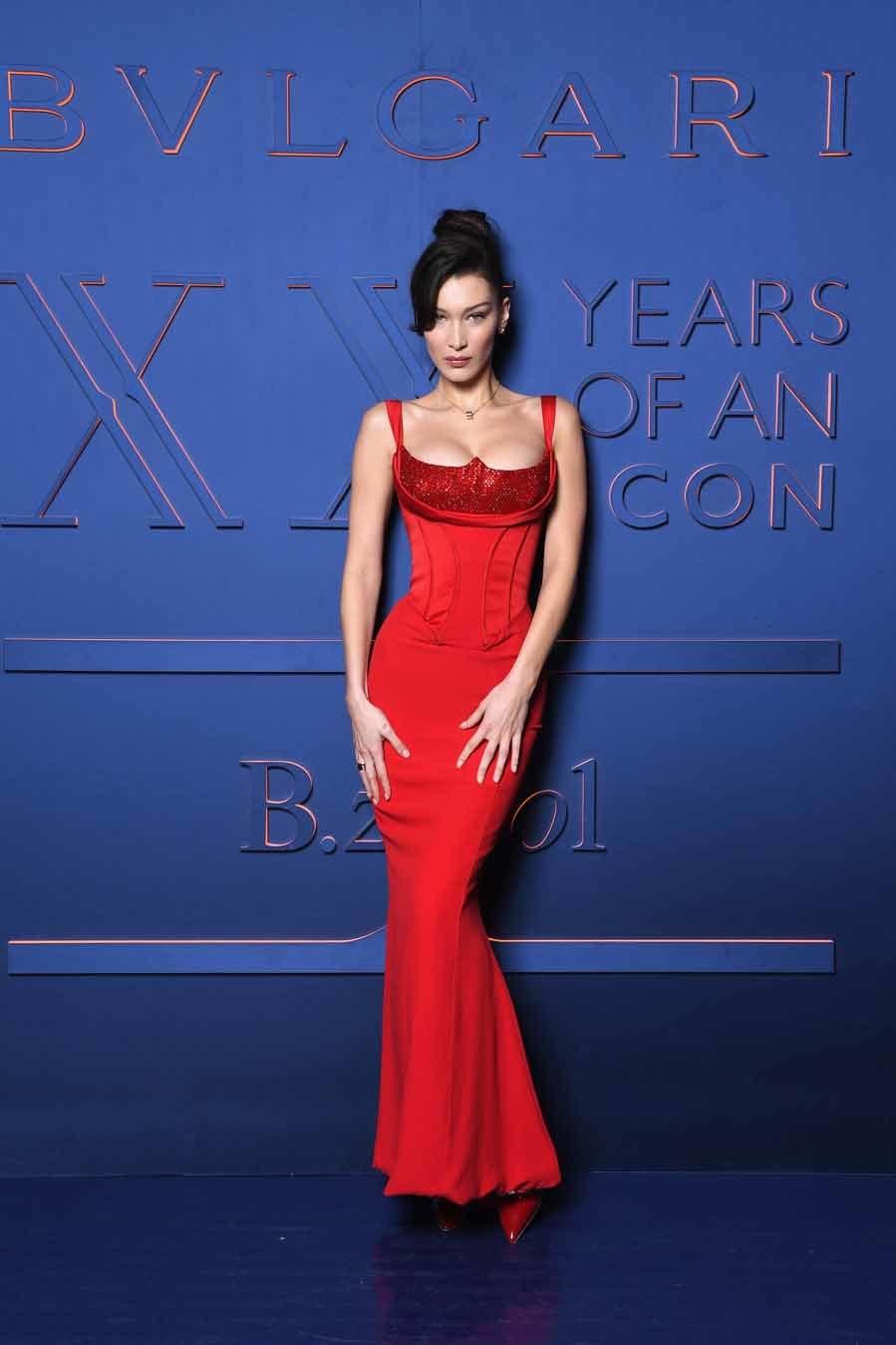 Bella Hadid - XX Aniversario de B.zero1 de Bvlgari