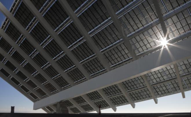 La proliferación de paneles solares es una muestra tangible de los profundos cambios del sector energético.