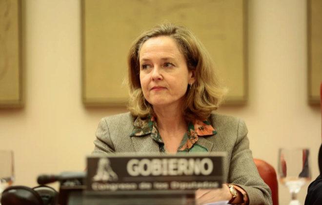 La ministra de Economía, Nadia Calviño, ayer en el Congreso.
