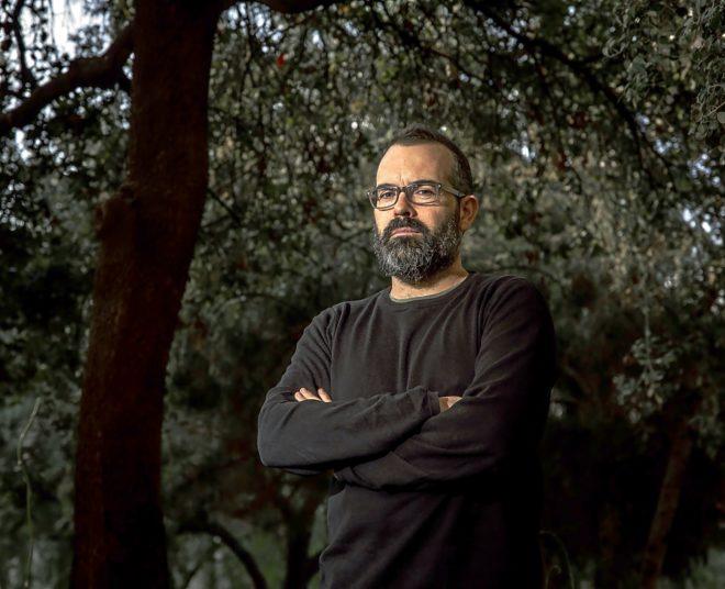 Óscar Bernácer, director de 'La forastera'.