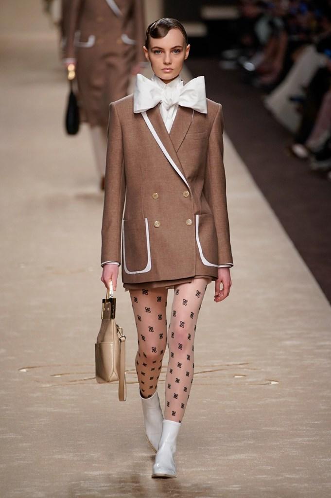 Desfile de Fendi · Semana de la Moda de Milán · Colección...