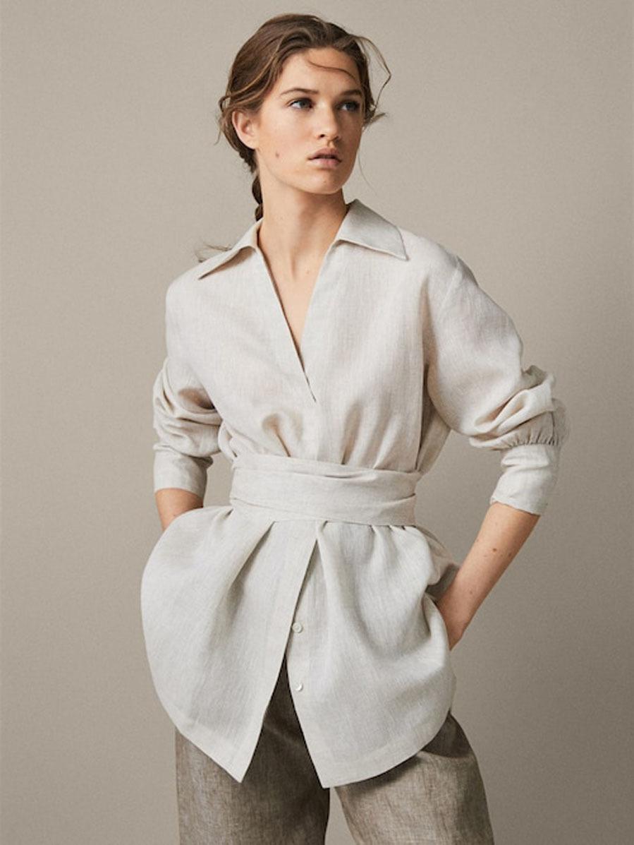 Con unos chinos y mocasines -o stilettos- tendrás un look de trabajo...