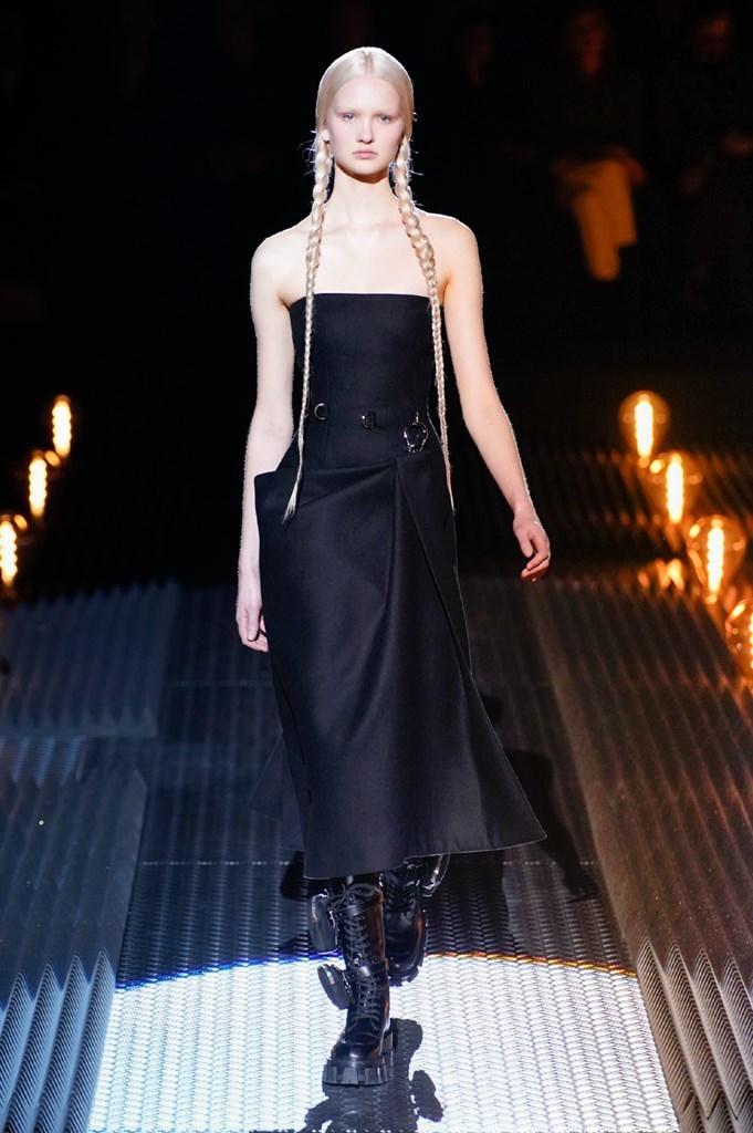 Desfile de Prada · Semana de la Moda de Milán · Colección...