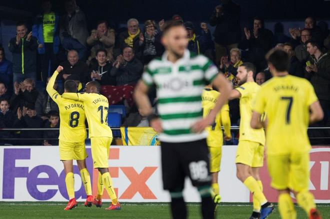 Pablo Fornals celebra el gol del empate ante el Sporting.