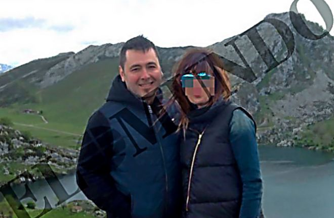 Pedro Nieva y su esposa, Katia B., en uno de sus viajes.