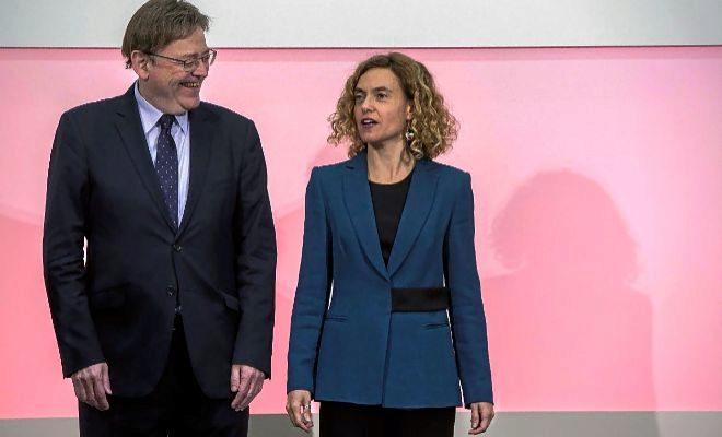 El presidente de la Generalitat, Ximo Puig, junto a la ministra de Política Territorial, Meritxell Batet, ayer.