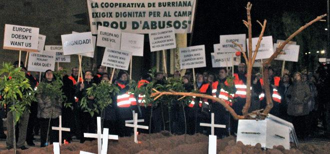 Manifestación en apoyo al sector citrícola celebrada en Burriana.