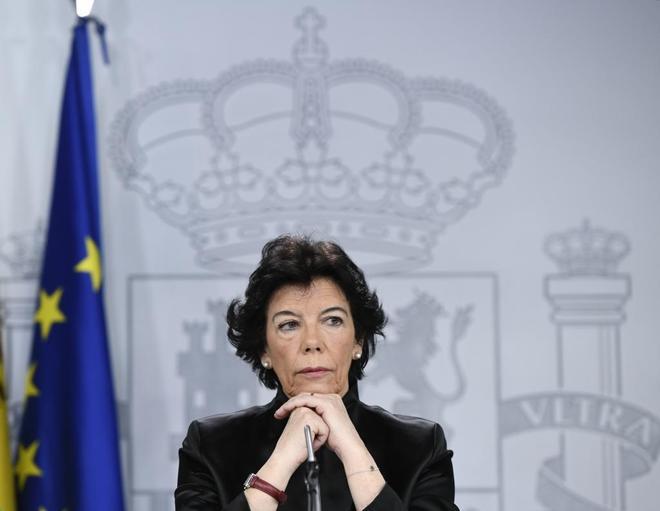 La ministra portavoz, Isabel Celaá, en la rueda de prensa tras el...