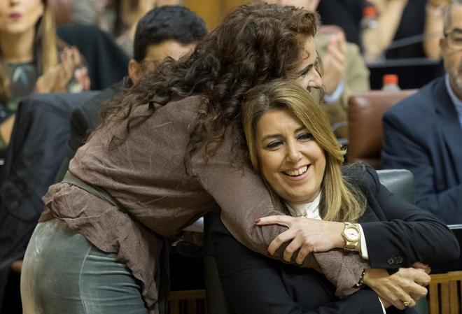 La ex presidenta de la Junta, Susana Díaz, con su ex consejera de Hacienda, María Jesús Montero.