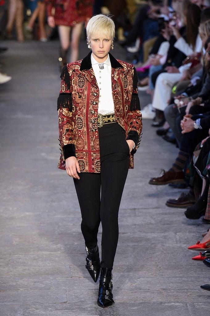 Desfile de Etro· Semana de la Moda de Milán · Colección...