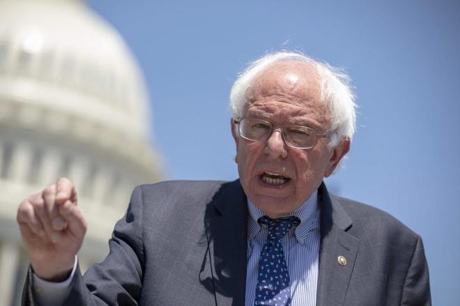 El senador demócrata Bernie Sanders, durante una rueda de prensa en Washington.
